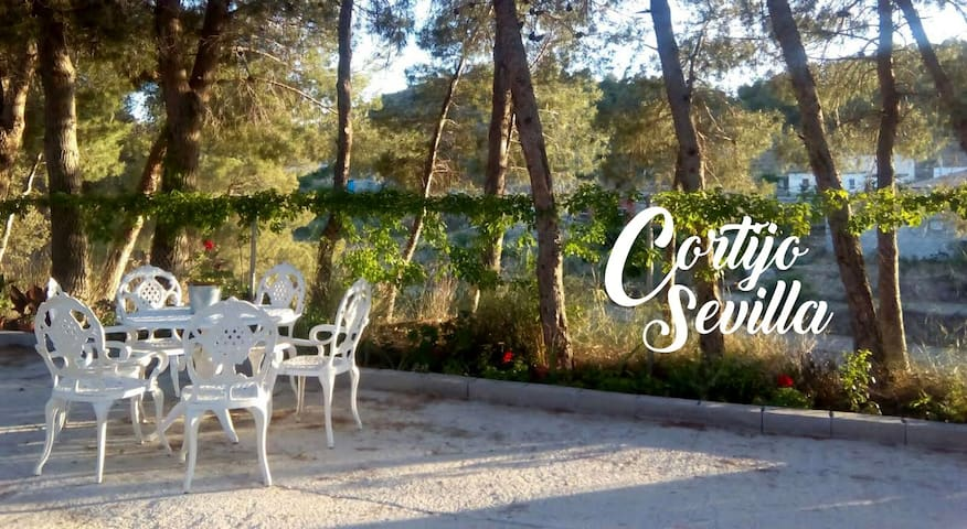Country House Sevilla: Relax and Nature