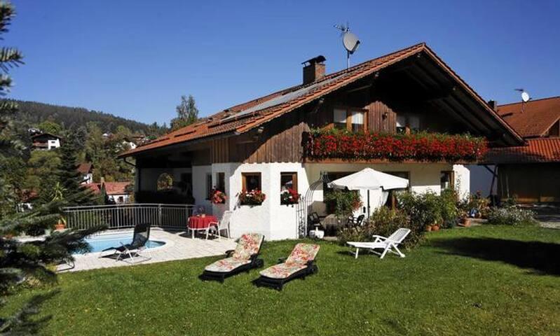 Ferienwohnung Sommergarten in Bayerisch Eisenstein