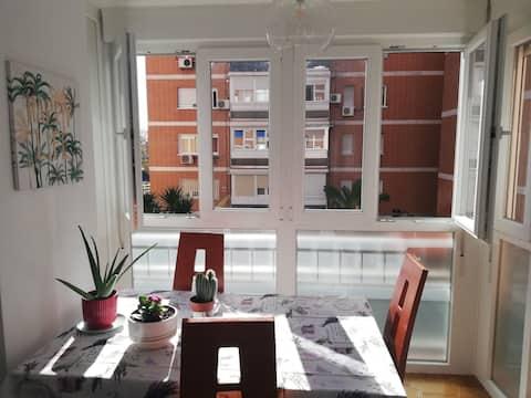 Habitación Privada iluminada super cómoda