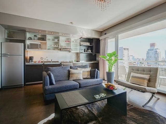 GUAPO / Amazing Large Studio* with great views.🎈