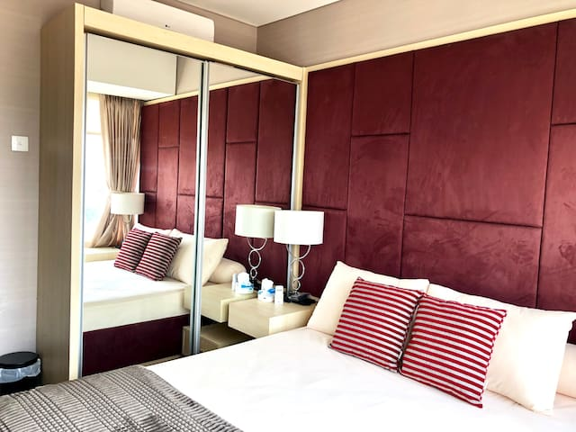 Charming full furnished 2BR Nifarro Park Apartment