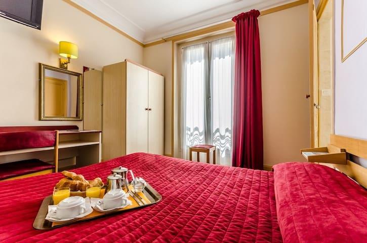 Single Bedoom - Montmartre