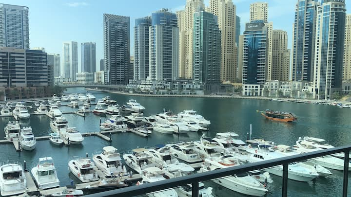 Entire Place - Spacious - Full Marina View