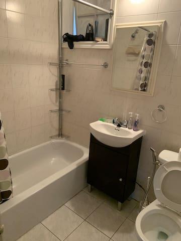 Chambre airbnb très vaste pour un couple