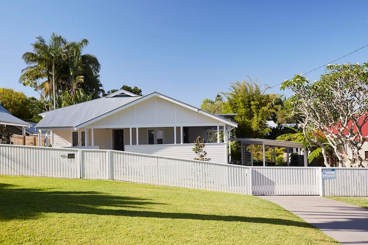 Belletide – quintessential Byron Bay beach house