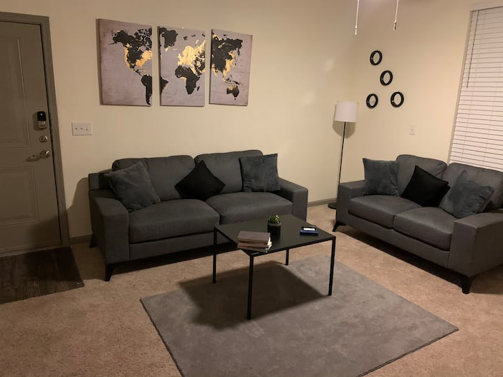 Your Home Away From Home - 1 Bedroom 1 Bath