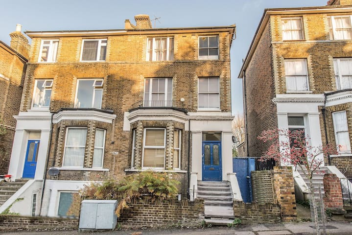 Beautiful Victorian Flat South East London