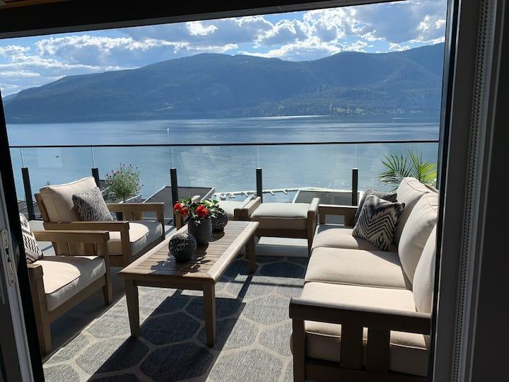 2 Bed/2 Bath Lake View Condo, Beach/Marina
