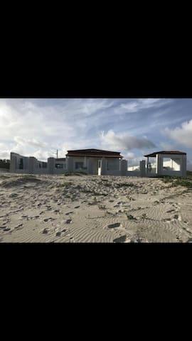 Venha curtir o paraíso em uma das melhores praias