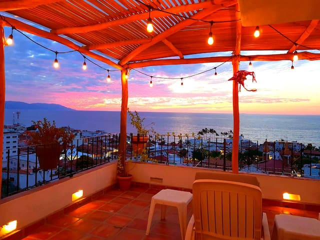 ❤OCEANFRONT House★BBQ`S★Infinity POOLS★DOWNTOWN❤