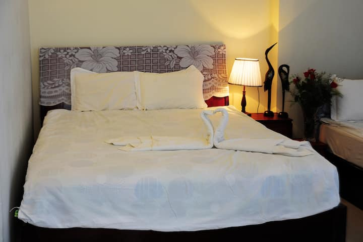 Double Rooms - Minh Hùng Hotel