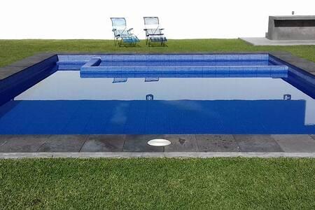 Cuautla, Morelos, Alberca climatizada. CasaLey.925