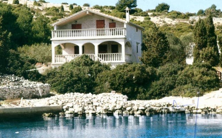 Two bedroom house near beach Cove Dragišina, Kornati (K-12150)