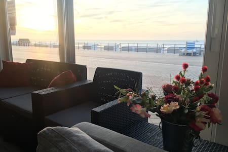 Large Ground Level Luxury Appartement (8 Pers) - Middelkerke - Daire
