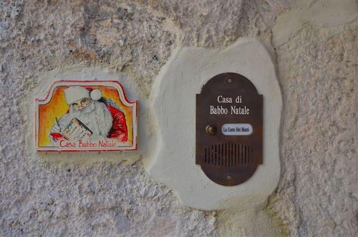 La casa di Babbo Natale - Ovindoli - Dům
