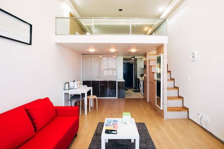 YJ Duplex Apt House Gangnam Station /Big Sale - Seocho-gu - Apartemen