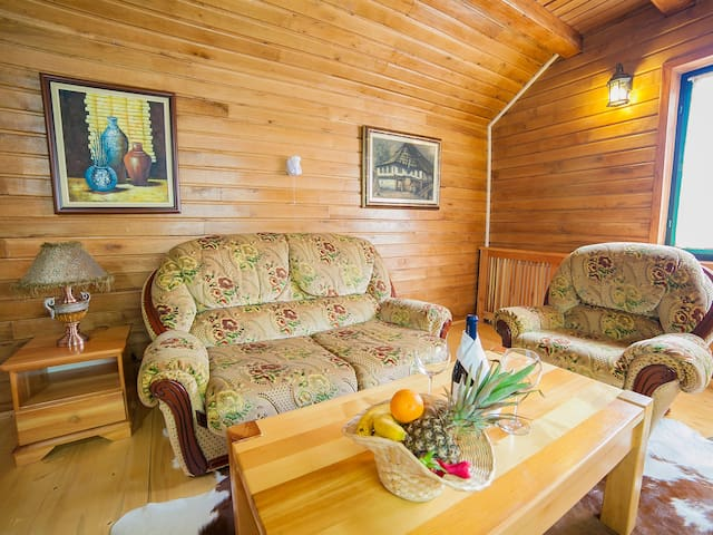 Gacka - Cozy One-Bedroom Cottage with Balcony - Mojkovac - Bed & Breakfast