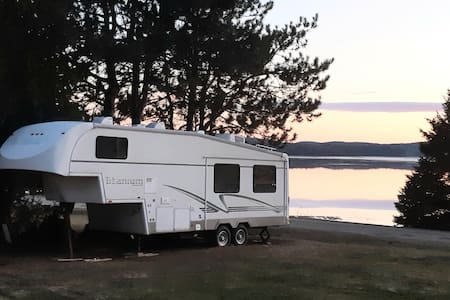 RV on the Lake