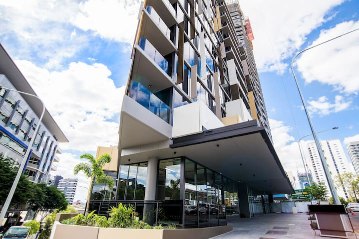 Arise Brisbane One - 1 Bedroom Apartment