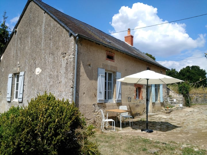 Charming cottage in Burgundy for 2 persons.