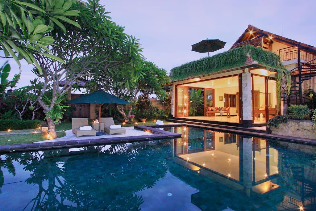 A Luxury Villa Quiet 4 Bdrm 10 Min To Ubud Center