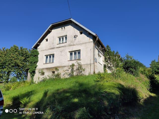 Zálesí - dům na samotě v srdci Rychlebských hor