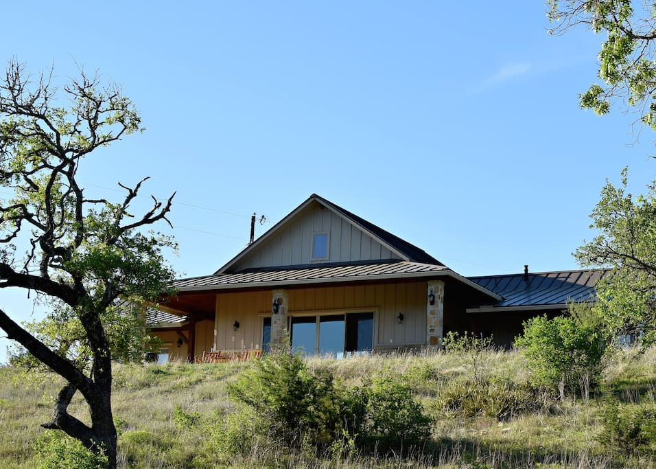 Tx hill country ranch guesthouse case in affitto a for Costruttori di case in stile ranch in texas