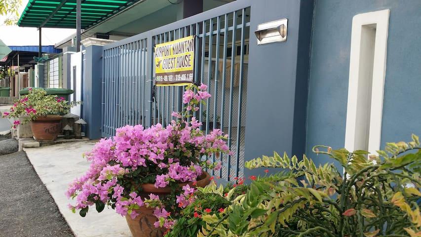 Airport Kuantan Guest House