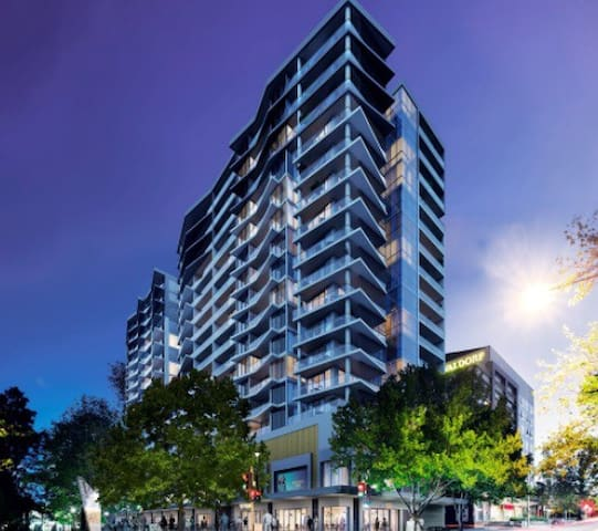 Brand new city center apartment