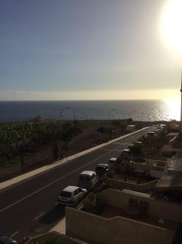 wonderful room by the ocean - Callao Salvaje