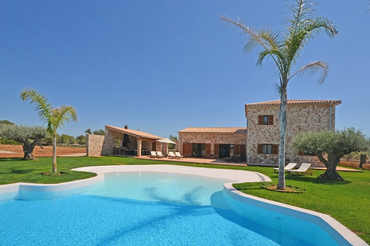 SA TANCA, Villa with swimming pool for 8 guests in Campos