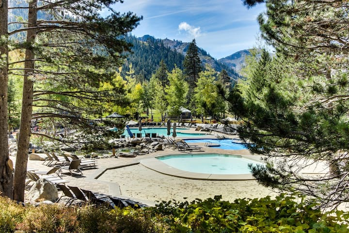 Resort at Squaw Creek condo w/ ski-in/out access, shared outdoor pool & hot tub
