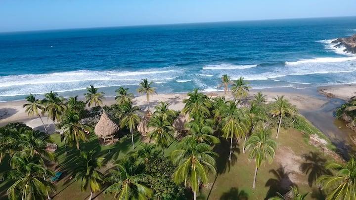 Playa Brava Teyumakke Parque Tayrona Parejas