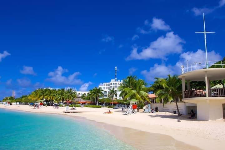 Ocean View Montego Bay Club Studio 12 Hot Location