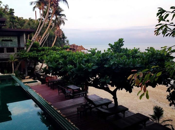 West Coast Beach Resort Pool Villa 2