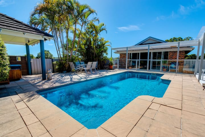 The Kabana Luxury Villa @ Urunga