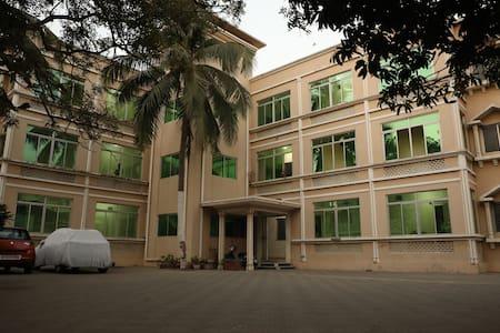 astha palace