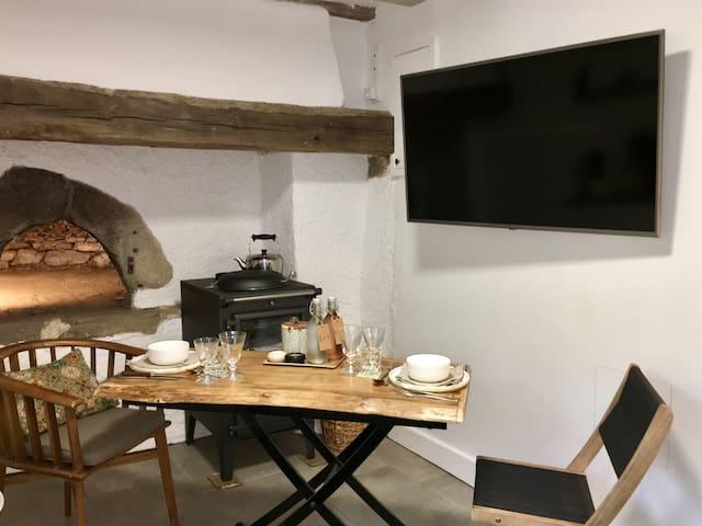 Table basse relevable pour manger