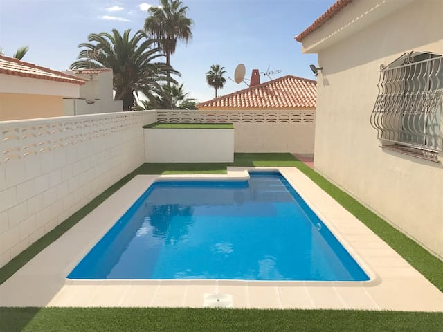 AMAZING VILLA 83, PRIVATE POOL AND CAR INCLUDED !! - Callao Salvaje - Villa