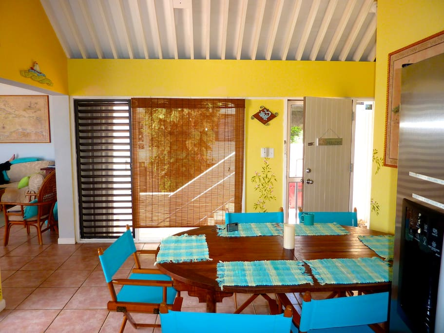 Indoor and outdoor eating areas.