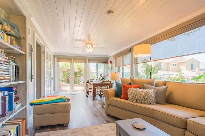 The Garden Room - Your Cozy Garden Hideaway