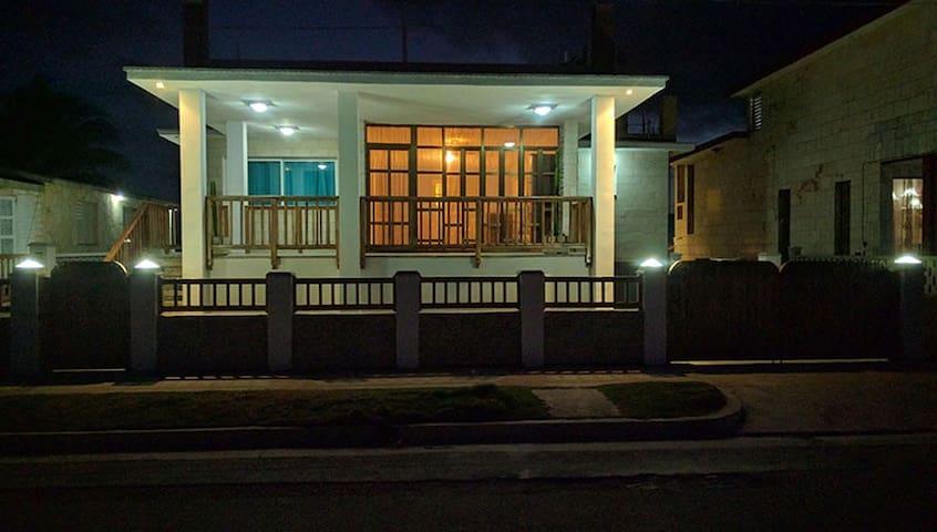 Villa Baracoa Beach - La Habana - House