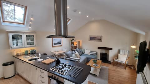 Chattaway Cottage, Central Tenby