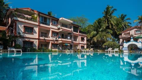 Valuable Stays Beachside Studio Apartment in Baga!