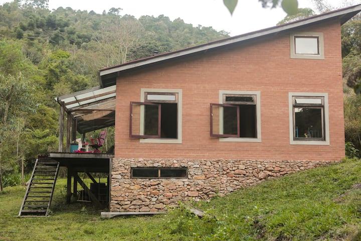 Gonçalves Montain Cozy House