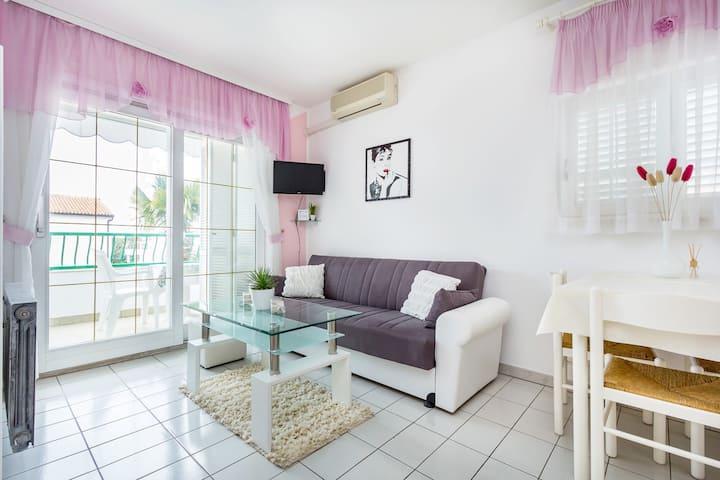 Apartments Zanetti  / Ap. Hollywood