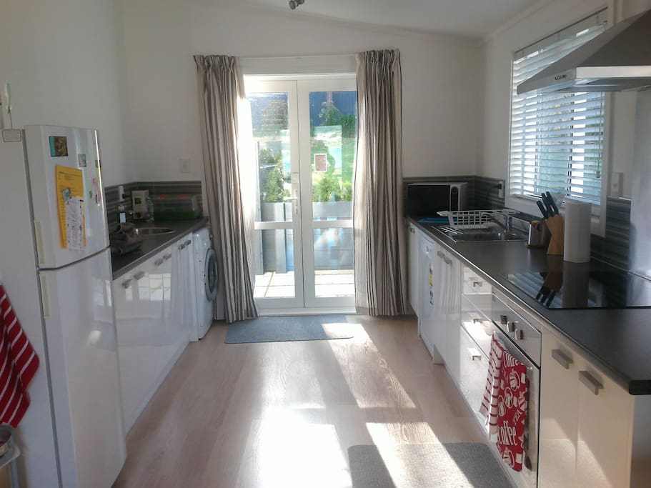 Fully equipped kitchen incl washing machine