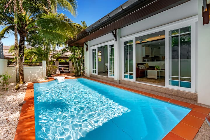 3 Bedroom Pool villa Family/group close to Patong