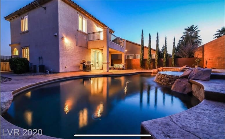 1/2 Million $ Summerlin Home | Resort Pool & Spa