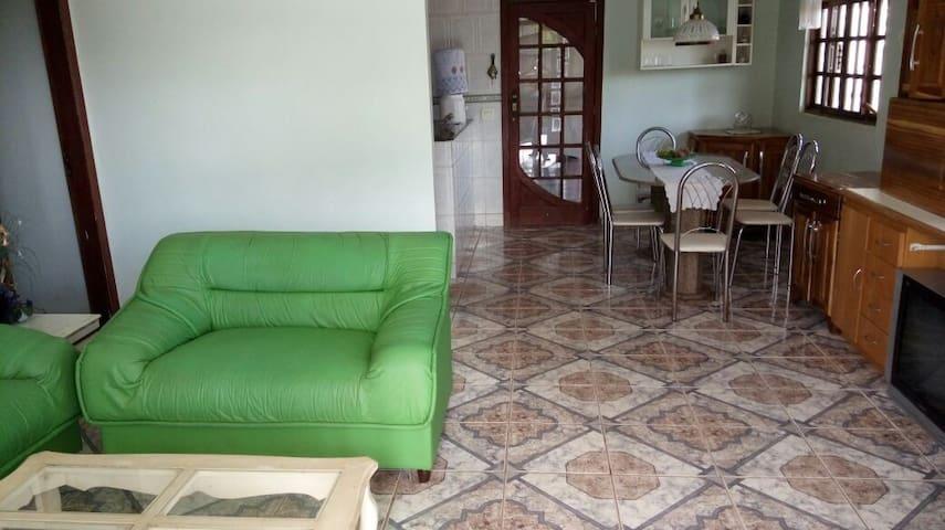 Sitio próximo de Belo Horizonte, em condomínio. - Ribeirão das Neves - Haus